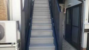 階段をあがります